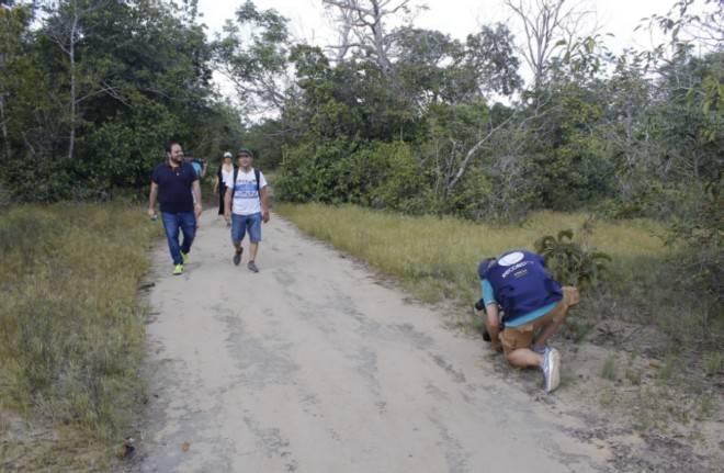 Secretário de Turismo Diego Pinho na trilha da Serra Piraoca